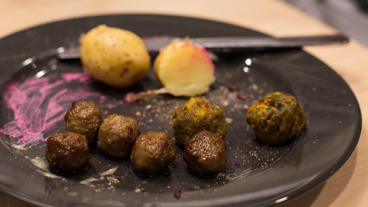Julbord at Ikea: Swedish Christmas food
