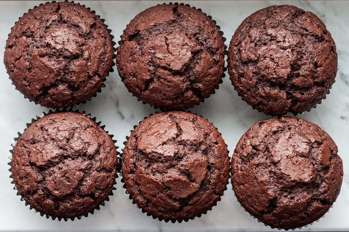 Rice milk and cocoa muffins