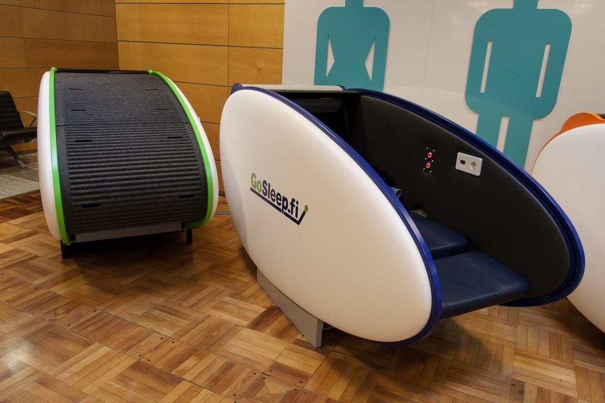 helsinki airport sleeping pod