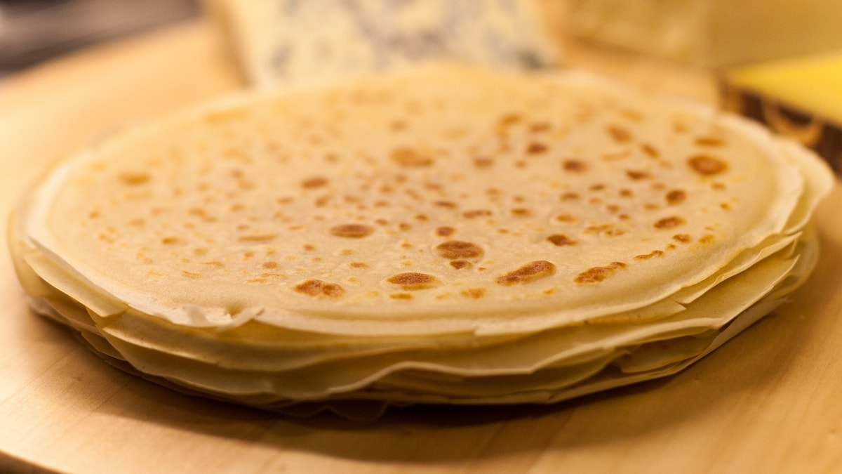 crepes with french cheese