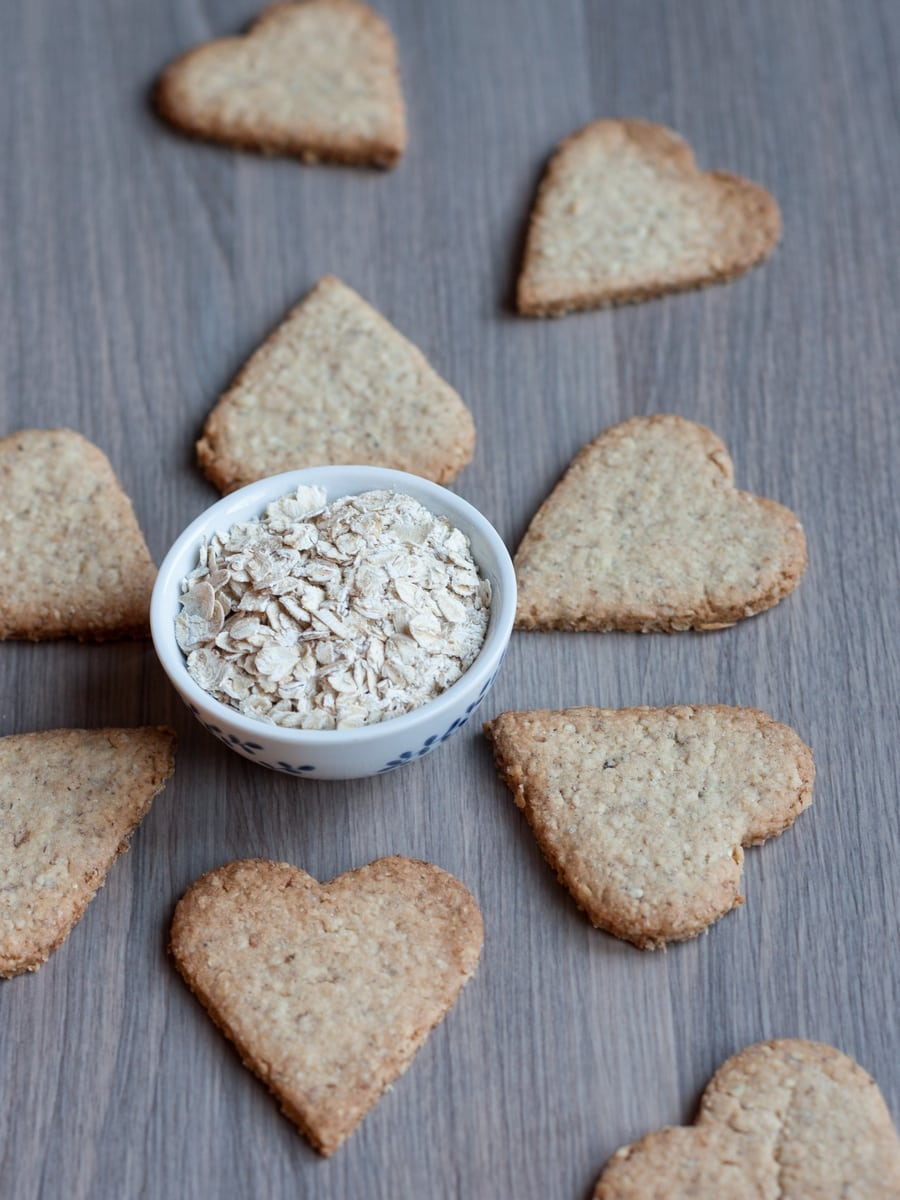 oat biscuit hearts