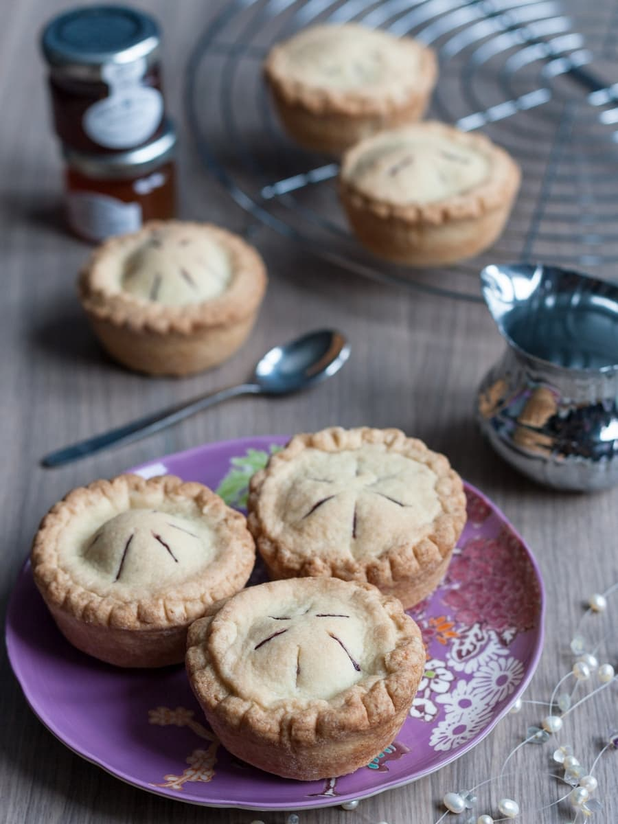 mini-blueberry-pies-3