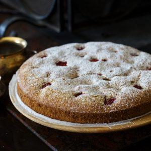simple strawberry cake