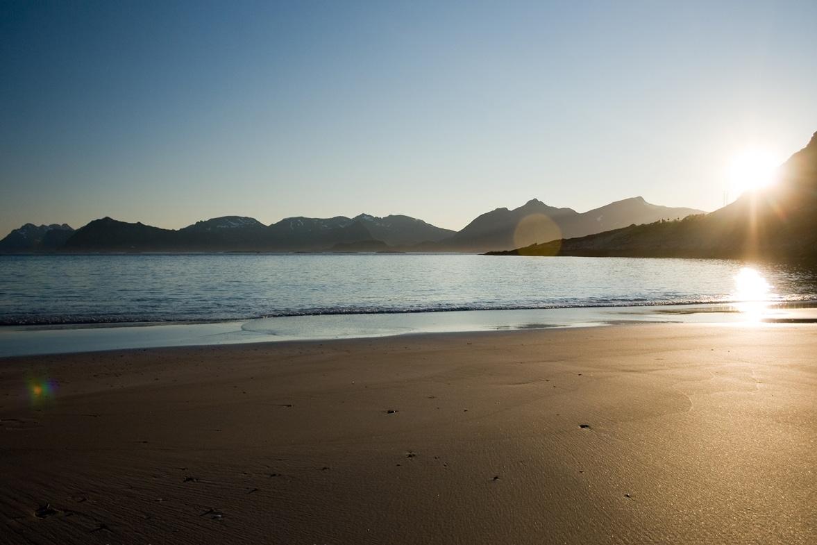 lofoten-northern-norway-beach-2