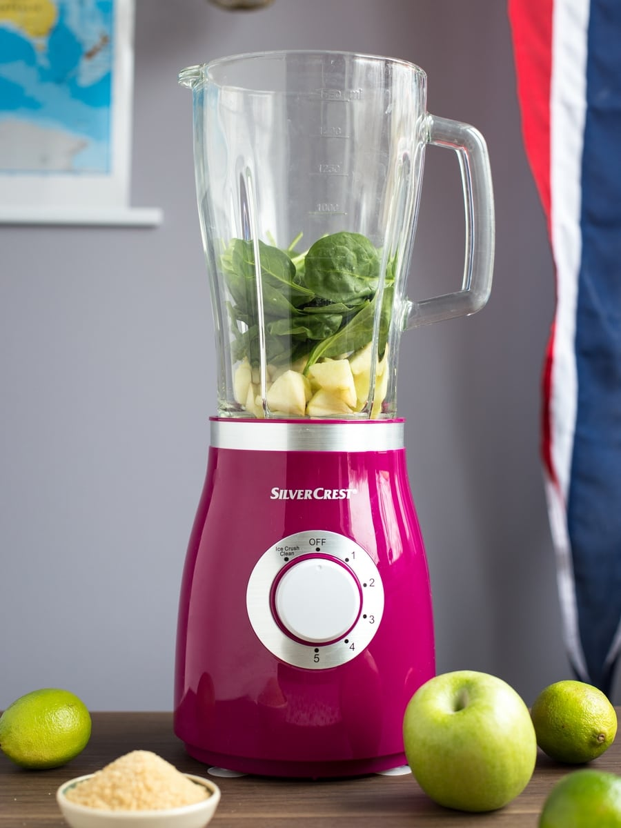 apple spinach lime green smoothie