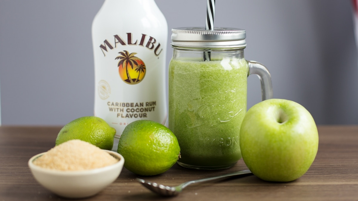 sinful-green-smoothie-4
