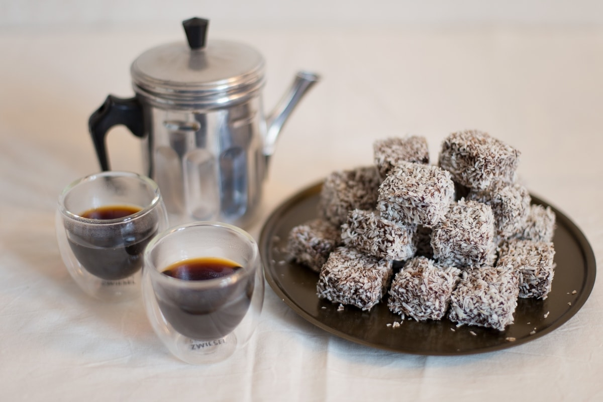 bite-sized-lamingtons-1