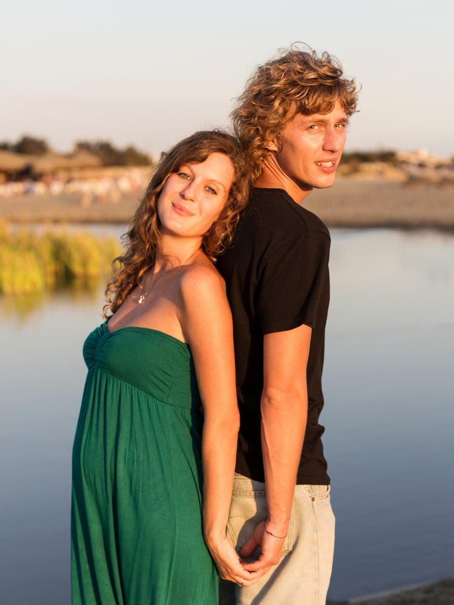 Pregnancy photoshoot on an Italian beach