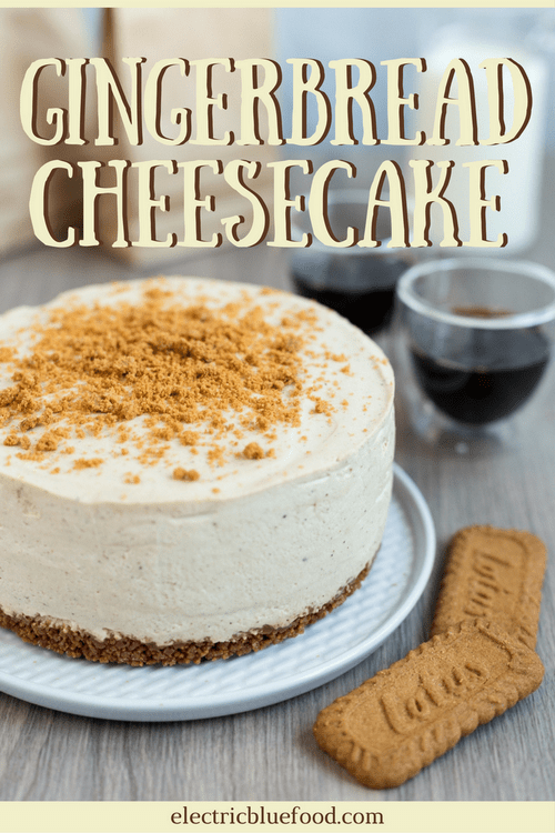 Gingerbread cheesecake with a speculoos base, the perfect treat for the Advent