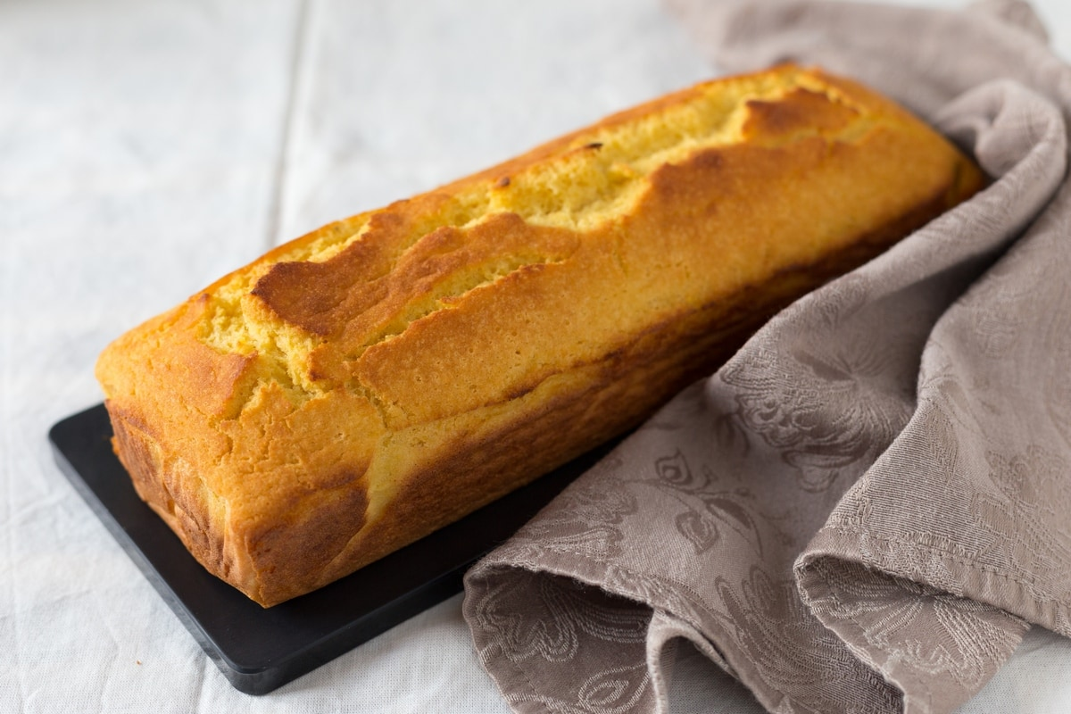 Cornmeal cornbread recipe. A loaf that tastes like polenta. Gluten free!