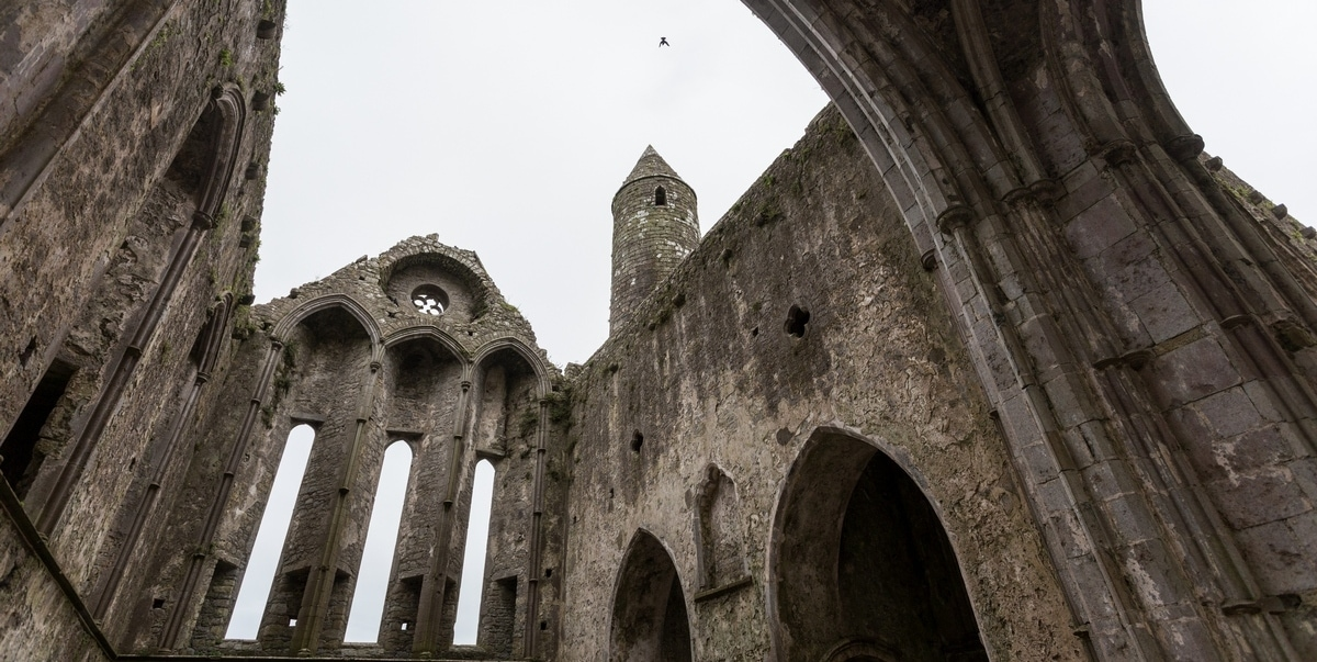 Prime Chasing Ruins In Ireland Churches Castles And Cemeteries Interior Design Ideas Apansoteloinfo