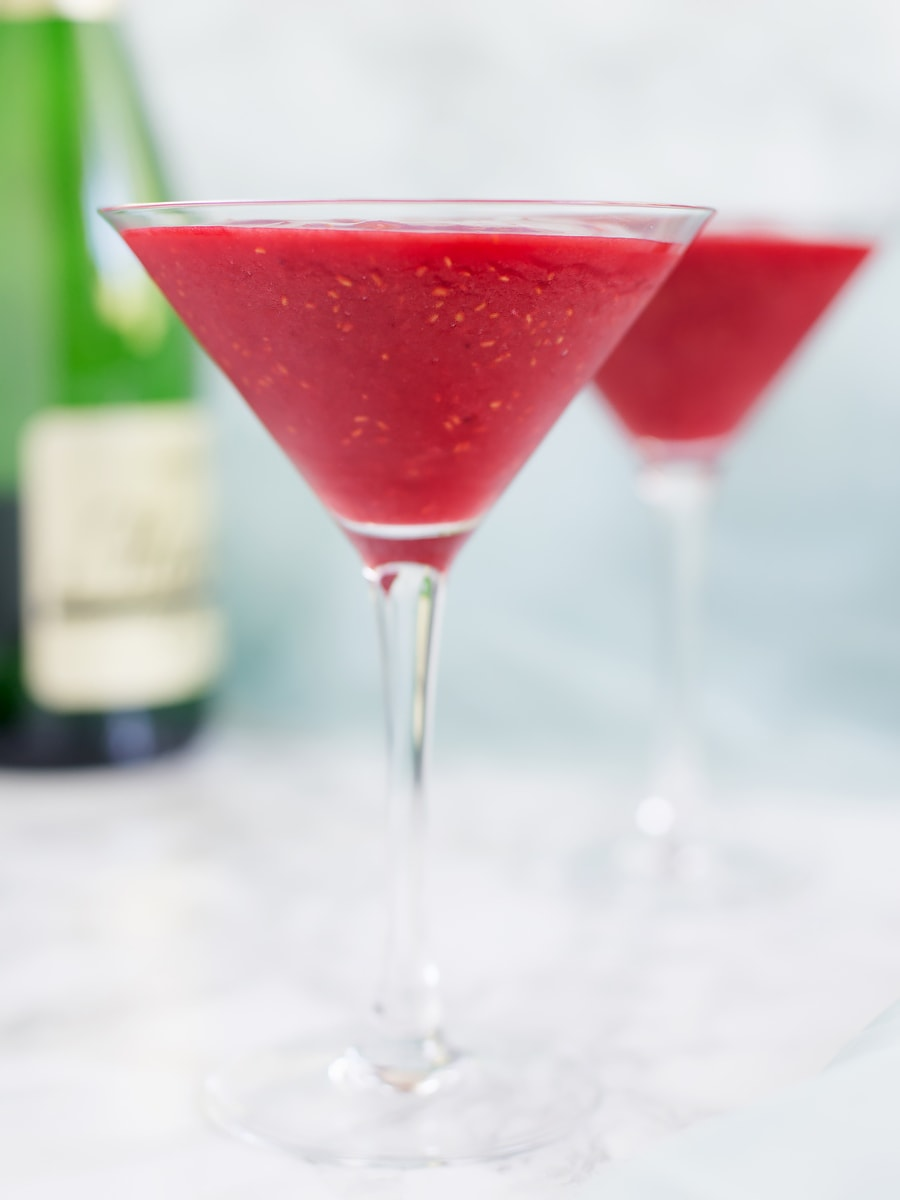 A refreshing combination of alcohol and frozen berries, raspberry Prosecco slushie is my favourite cocktail for the summer.