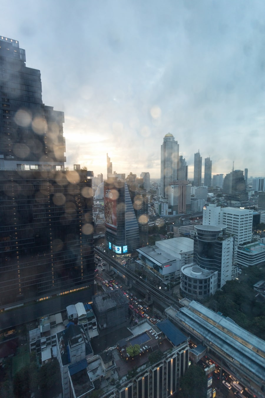 Eastin Grand Hotel Sathorn Bangkok - view from room