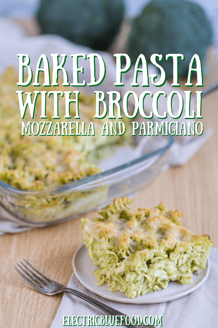 Broccoli pasta bake: a baked pasta casserole with broccoli and mozzarella. A simple and filling dish that is easy to make and very tasty.