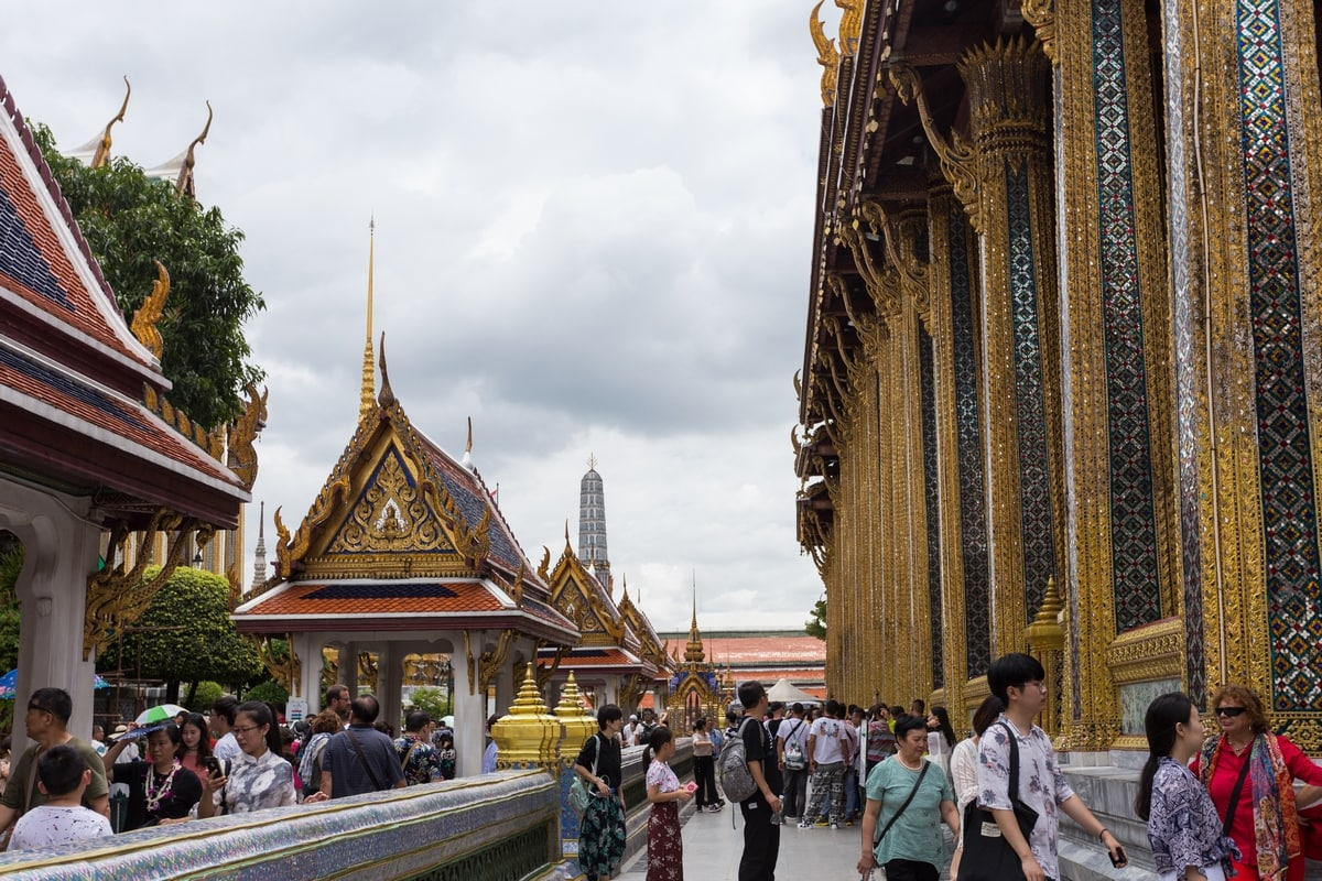 Bangkok temples - activities for a Bangkok honeymoon