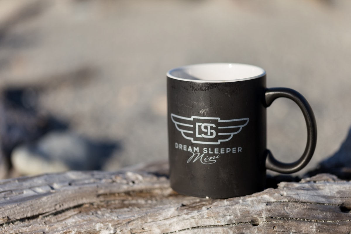 Spaceships Dream Sleeper coffee mug.