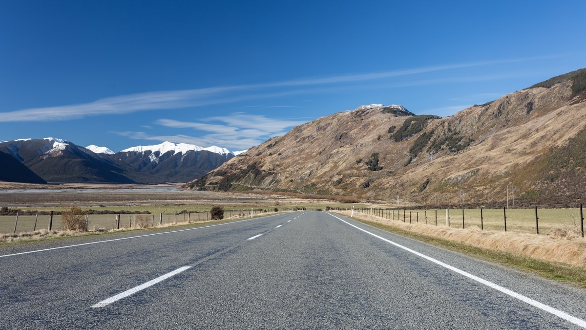 Road in New Zealand South Island.