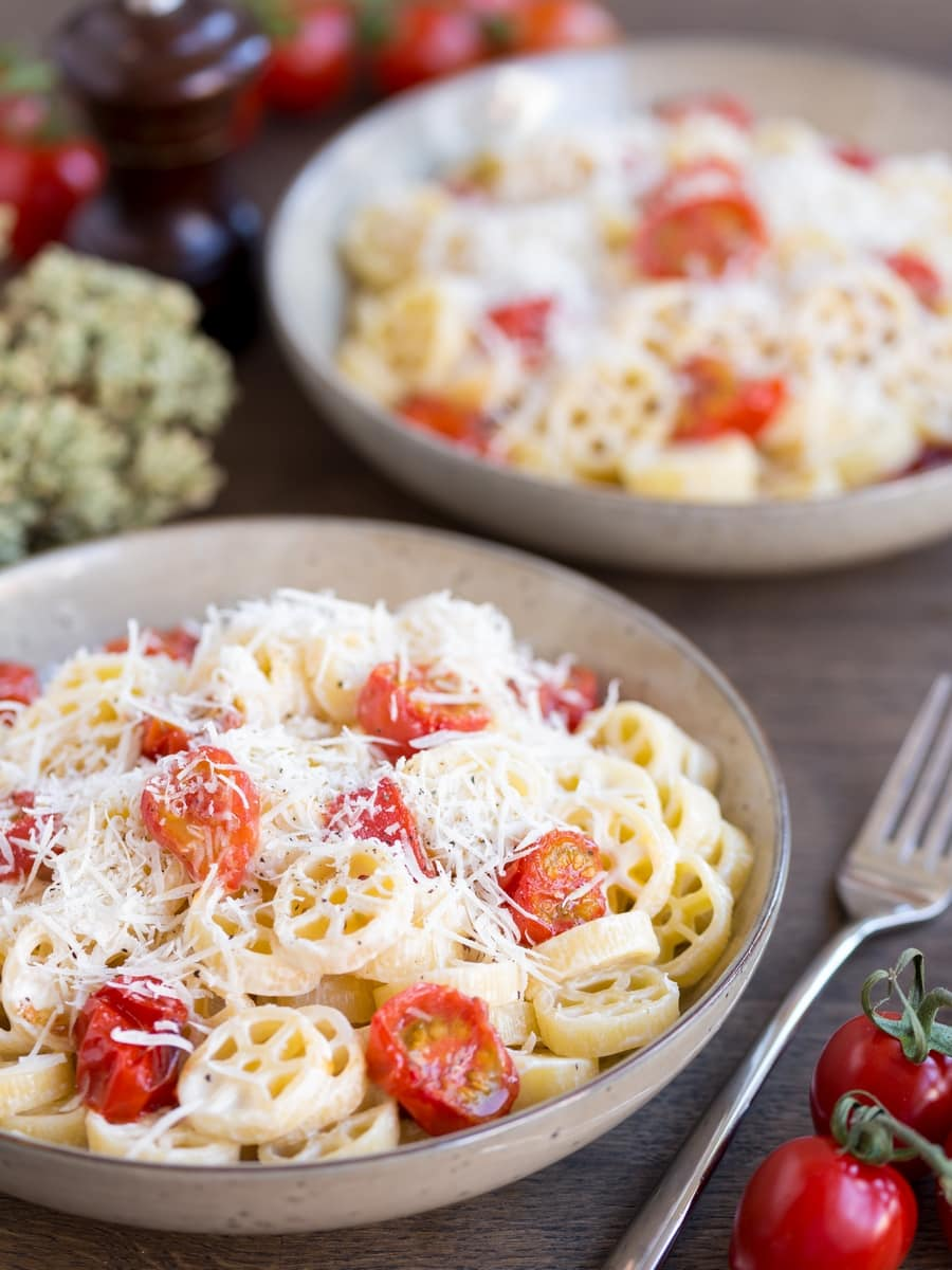 Creamy pasta with roasted cherry tomatoes and pecorino.