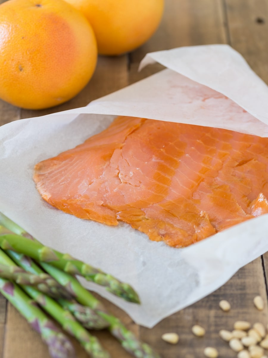 Smoked salmon, asparagus and grapefruit: ingredients to make grapefruit salmon carpaccio.