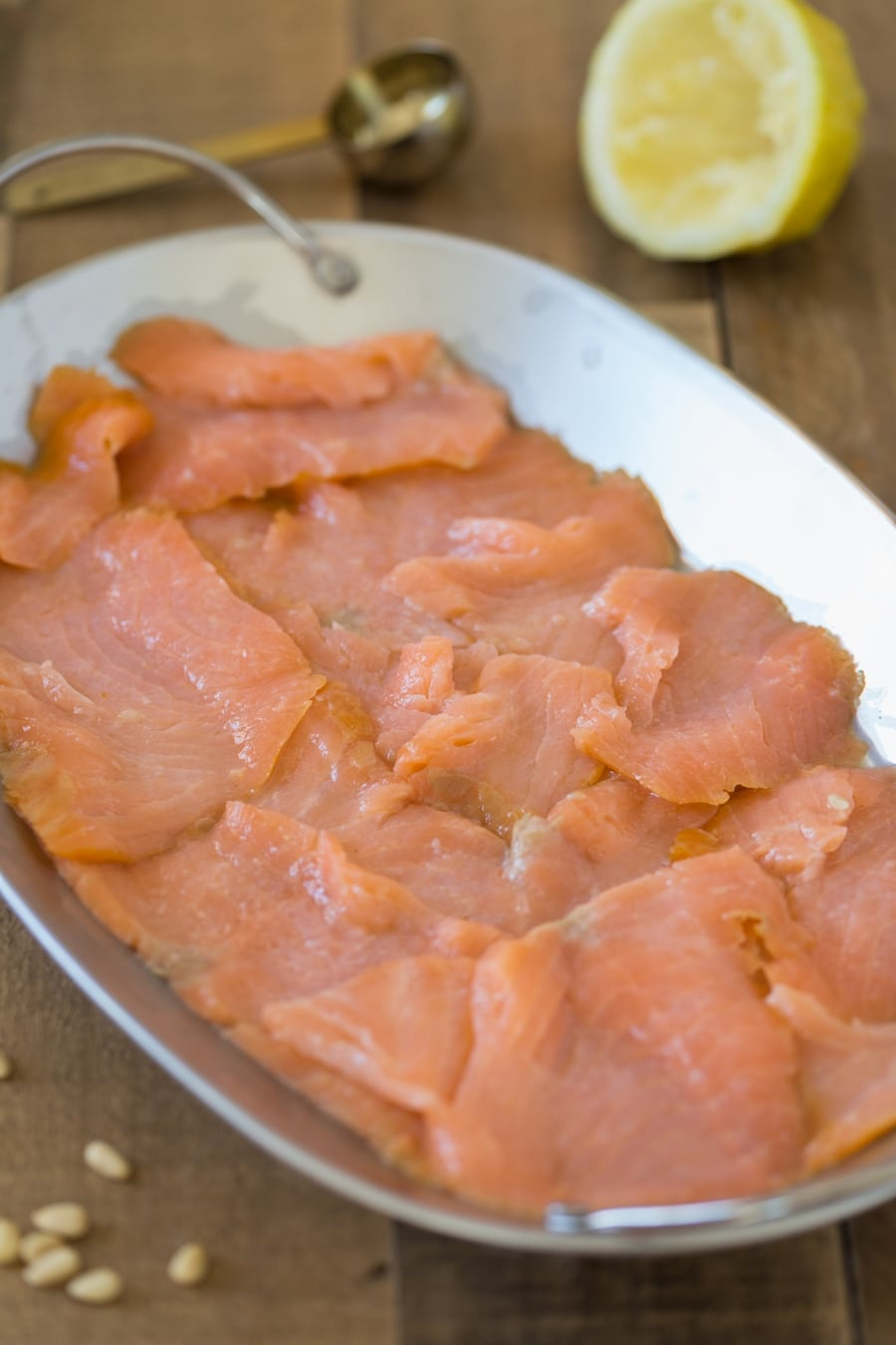 Smoked salmon marinated in lemon juice.