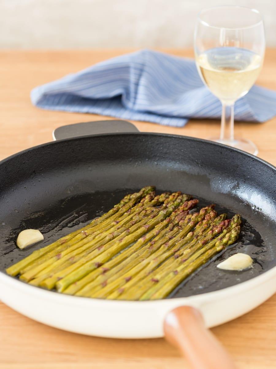 White wine asparagus.