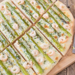 Shrimp asparagus flatbread with zesty mascarpone sauce.
