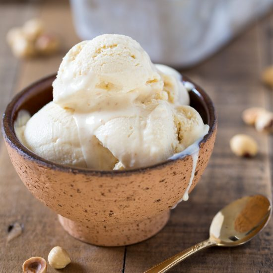 Delicious homemade hazelnut ice cream made with only 3 ingredients. No-churn hazelnut ice cream is easy to make and requires no ice cream machine! Try one of the finest gelato flavours you can find in Italy at home!