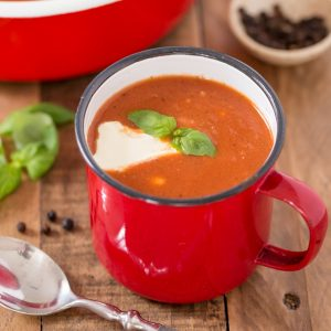Zupa pomidorowa is a delightful Polish tomato soup. Despite being a single-vegetable soup, pomidorowa will surprise you with its complex and nuanced sweet and sour flavour. Made with canned tomatoes, you can enjoy this delicious Polish soup any time of the year.