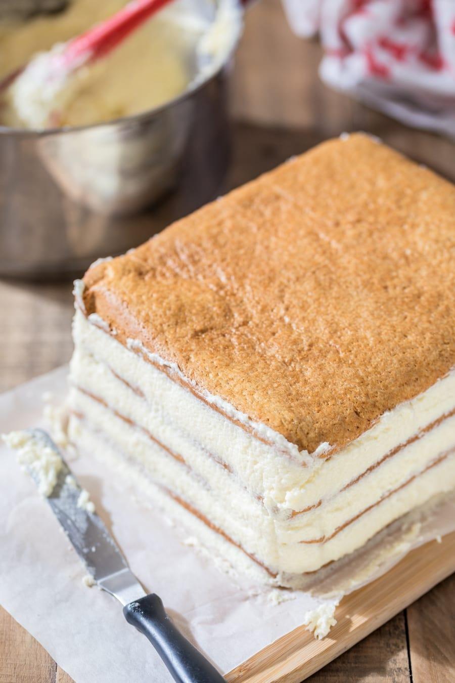 Assembling layers of Polish honey cake.