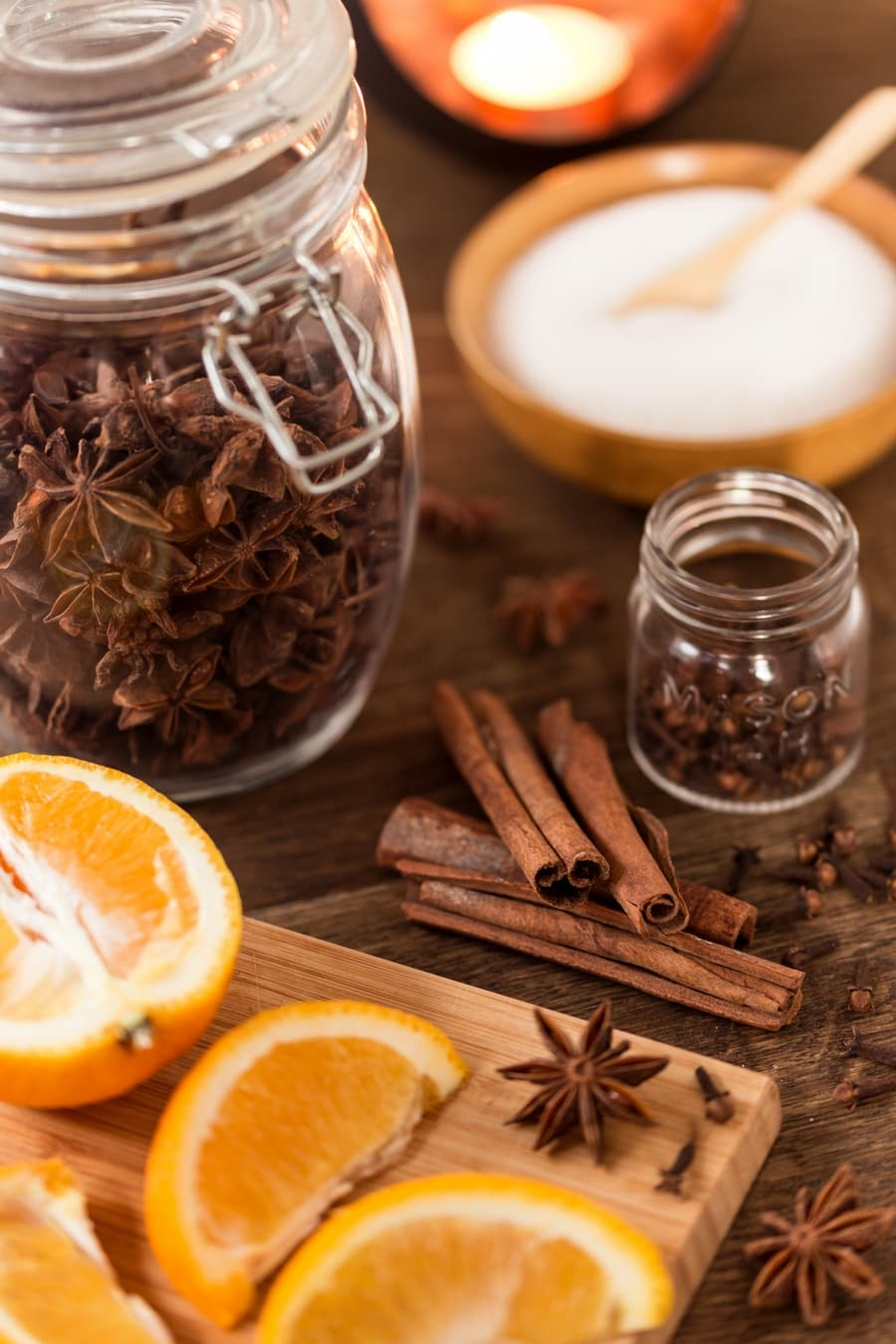 Vin brulé flavours: fresh orange, cinnamon, star anise and cloves.