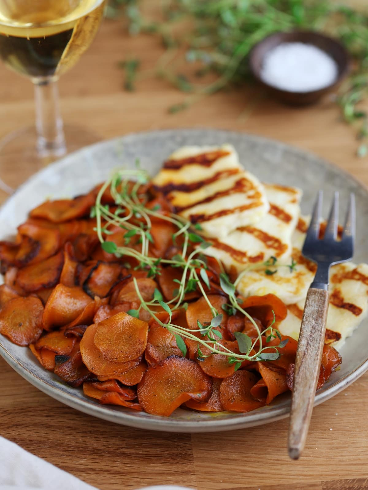 Serving suggestion: grilled halloumi with sauteed carrots and white wine.