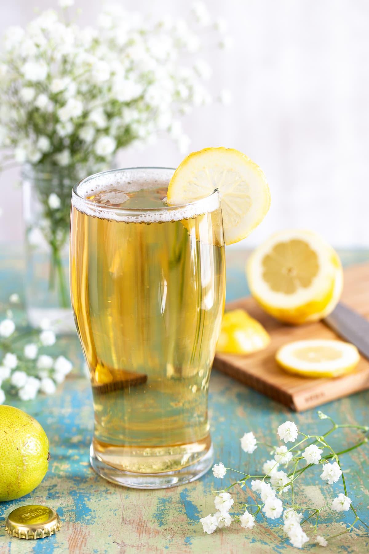 Panache served with a slice of lemon.