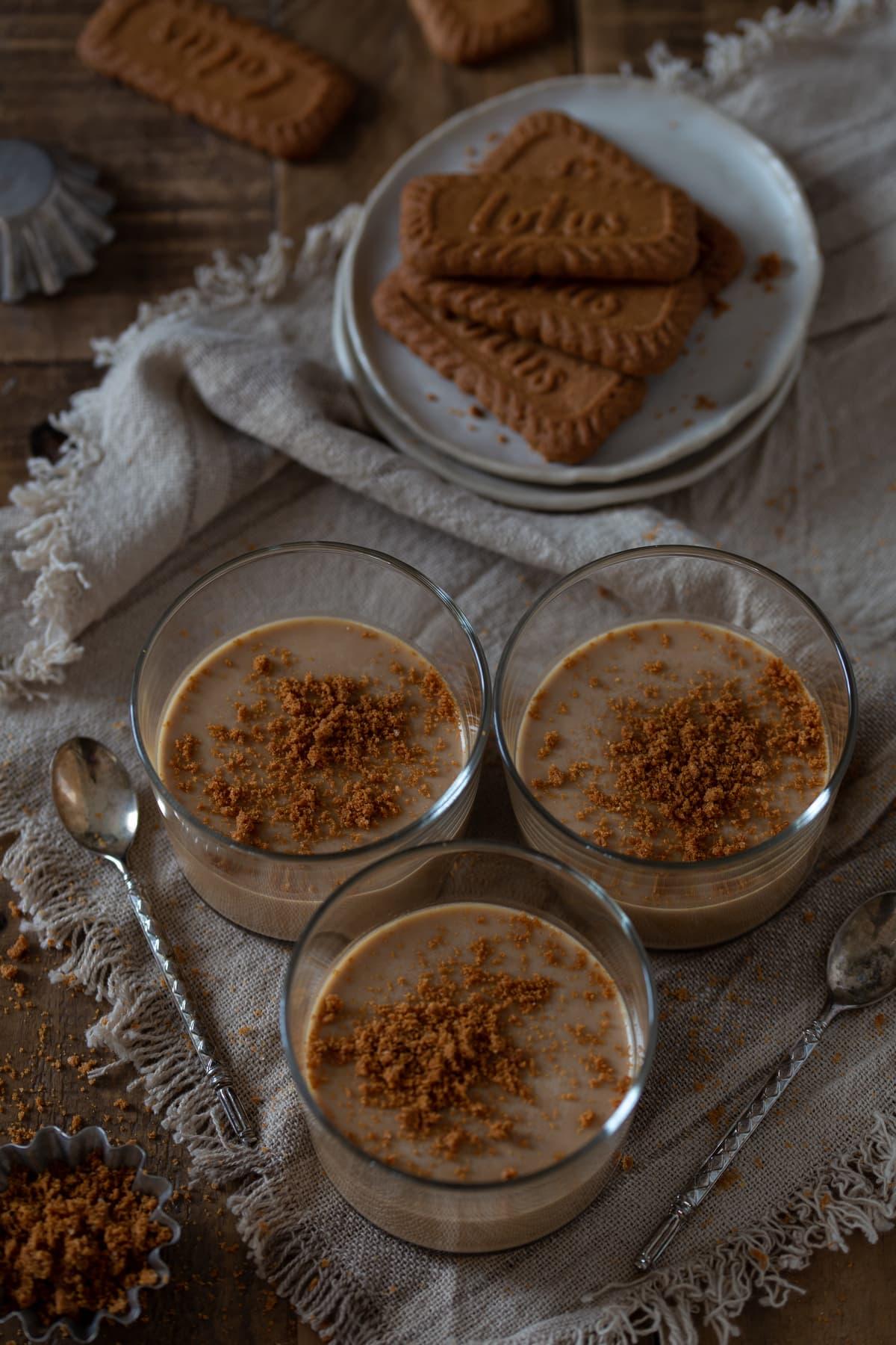 Lotus Biscoff panna cotta made with Lotus cookies.